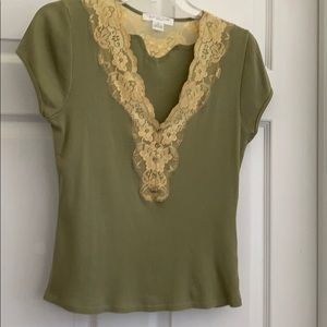 August Silk tee top; lace v-neck sz M